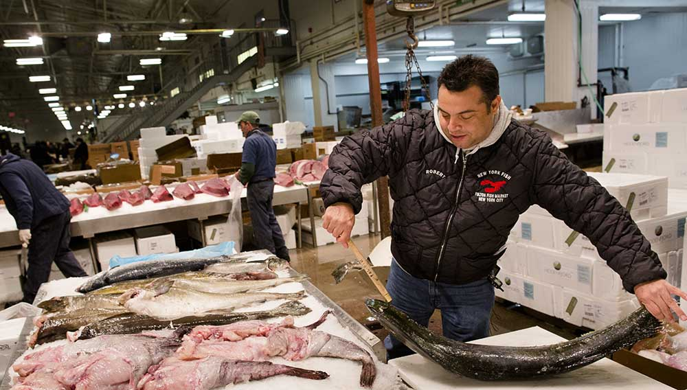 Best fish markets in the world top quality seafood for Fulton fish market online